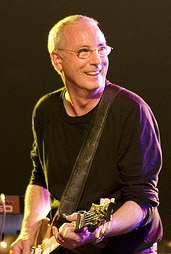 Paul Reed Smith con chitarra